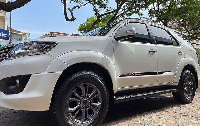 Cần bán xe Toyota Fortuner TRD sản xuất 2015, màu trắng, giá chỉ 765 triệu3