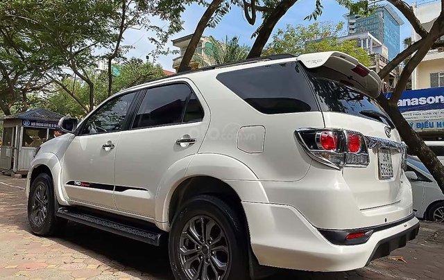 Cần bán xe Toyota Fortuner TRD sản xuất 2015, màu trắng, giá chỉ 765 triệu4