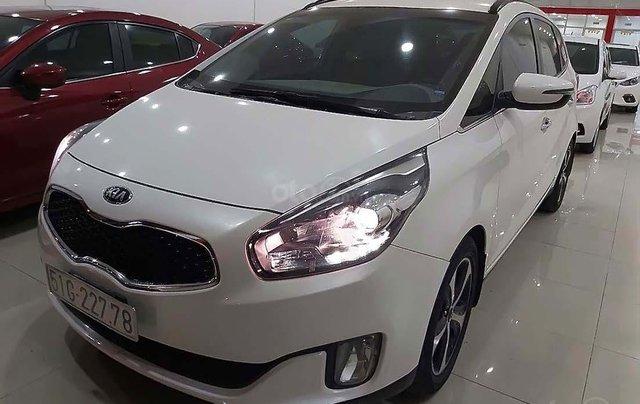 Bán xe Kia Rondo đời 2016, màu trắng số tự động, giá chỉ 535 triệu4