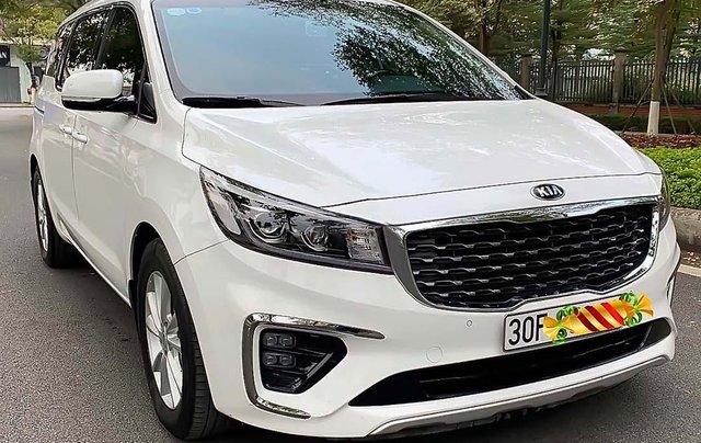 Bán ô tô Kia Sedona 3.3 GAT Premium sản xuất 2019, màu trắng0