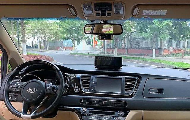 Bán ô tô Kia Sedona 3.3 GAT Premium sản xuất 2019, màu trắng4