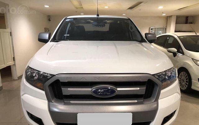 Bán ô tô Ford Ranger XLS AT 2017 trắng, nhập khẩu nguyên chiếc, giá 720tr1