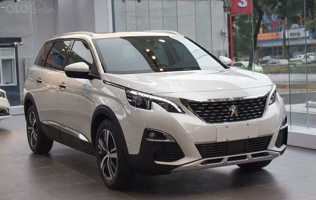 Peugeot 5008 trắng ngọc trai 2019 – ưu đãi cao nhất trong năm0
