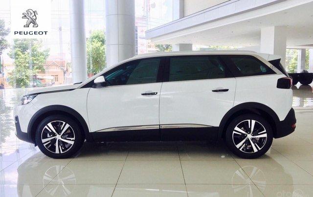 Peugeot 5008 trắng ngọc trai 2019 – ưu đãi cao nhất trong năm2
