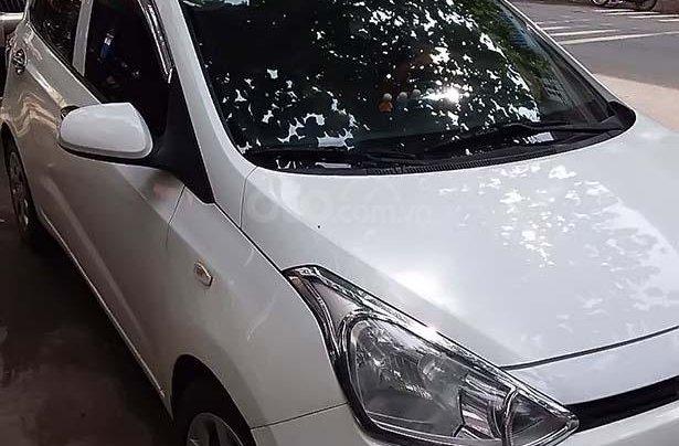 Cần bán Hyundai Grand i10 1.0 MT Base sản xuất năm 2014, màu trắng, nhập khẩu 0