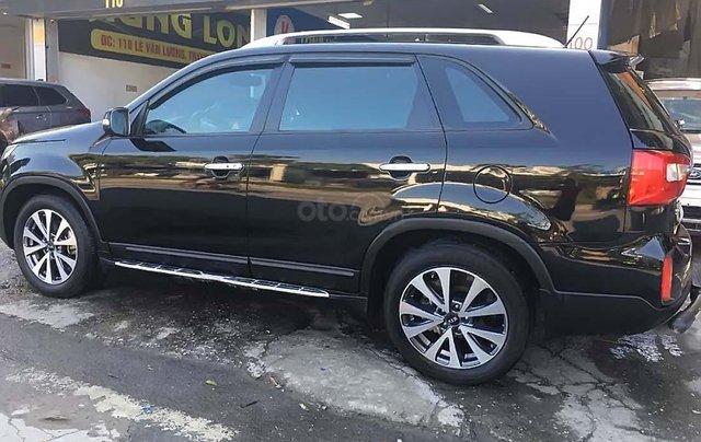Cần bán xe cũ Kia Sorento GATH 2015, màu đen, 660tr1