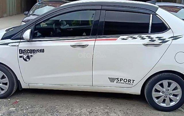 Bán Hyundai Grand i10 sản xuất 2016, màu trắng, nhập khẩu 1