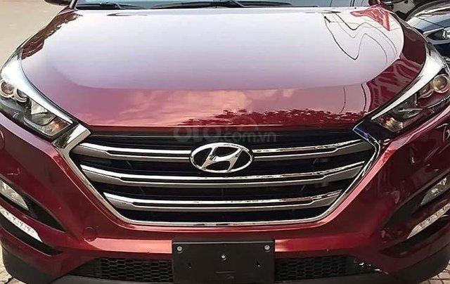 Bán Hyundai Tucson năm 2017, màu đỏ, xe nhập chính chủ0