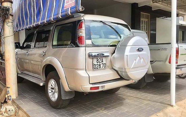 Bán Ford Everest đời 2010, xe đẹp, giá chỉ 387 triệu1
