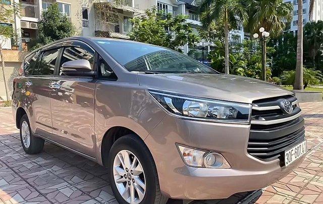 Bán Toyota Innova 2.0E 2018, số sàn, 698 triệu0