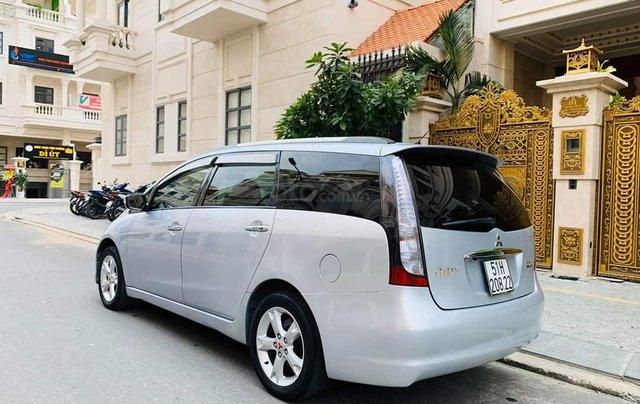 Bán ô tô Mitsubishi Grandis, năm sản xuất 2009, màu bạc2
