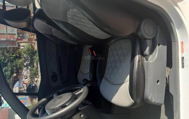Xe Chevrolet Spark đời 2015, màu trắng4