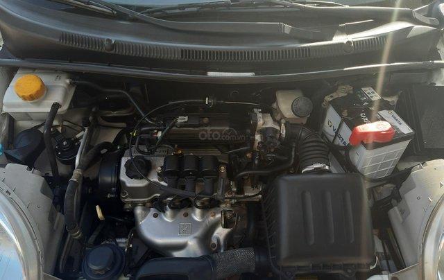 Xe Chevrolet Spark đời 2015, màu trắng9