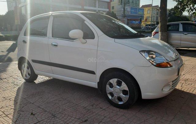 Xe Chevrolet Spark đời 2015, màu trắng14