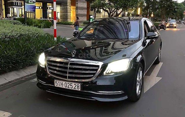 Cần bán lại xe cũ Mercedes S450L năm sản xuất 2019, màu đen0
