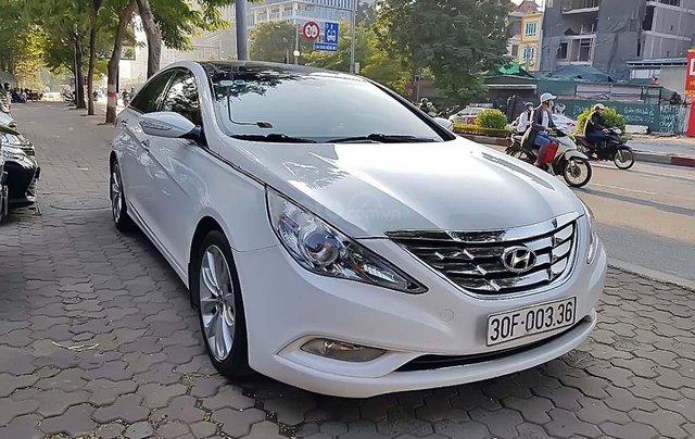 Bán ô tô Hyundai Sonata 2.0 AT sản xuất năm 2012, màu trắng, nhập khẩu nguyên chiếc chính chủ0