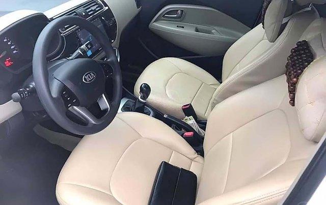 Cần bán xe Kia Rio đời 2017, màu trắng, xe nhập chính hãng4