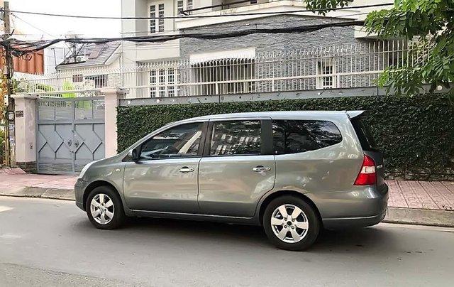 Cần bán Nissan Grand livina 1.8 AT 2011, màu xám, xe gia đình 0