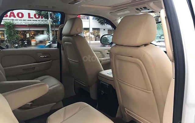 Bán Cadillac Escalade 6.2 V8 sản xuất năm 2007, màu trắng, xe nhập 1