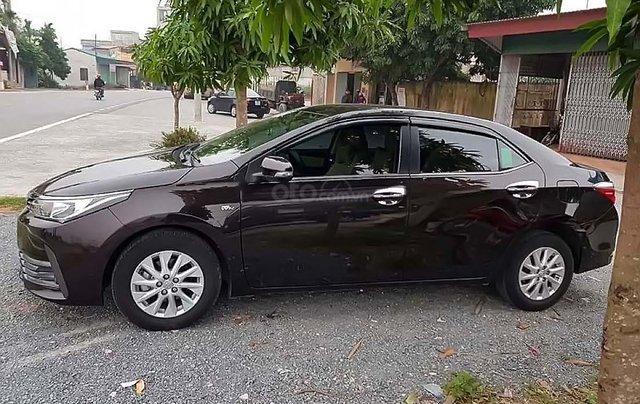 Bán xe cũ Toyota Corolla sản xuất năm 2018, màu đen0