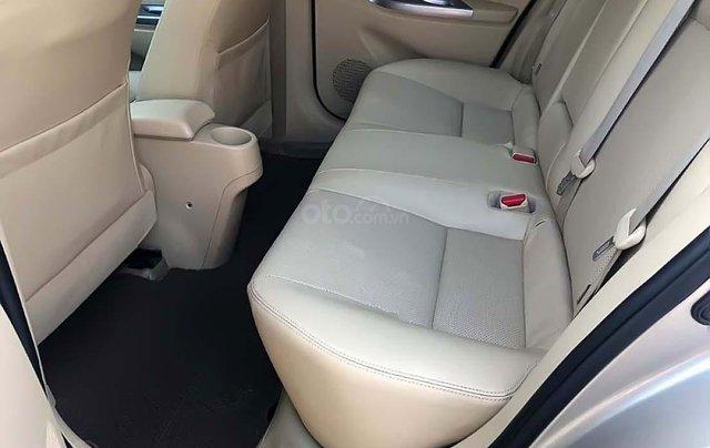 Cần bán xe cũ Toyota Vios 1.5G đời 2016, màu vàng2