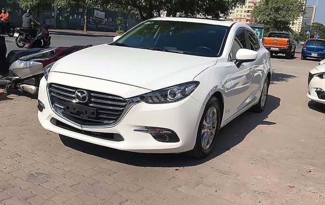 Bán Mazda 3 1.5AT sản xuất năm 2018, màu trắng0