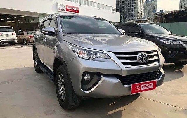 Bán Toyota Fortuner 2.4G 4x2 MT đời 2017, màu bạc, nhập khẩu 0