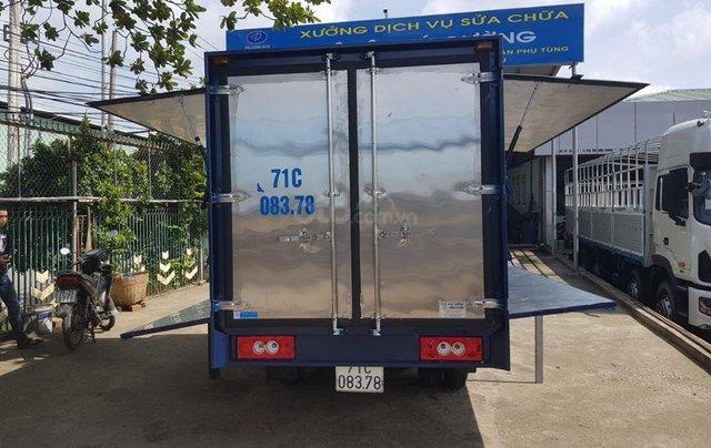 Xe tải JAC X99 máy dầu thùng kín cánh dơi0