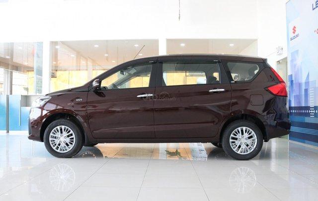 Bán xe Suzuki Ertiga nhập khẩu giao ngay màu đen, trắng, bạc và nâu liên hệ 09334607770