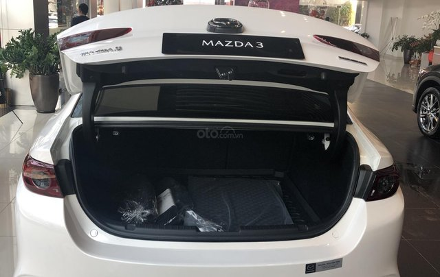 Bán Mazda 3 1.5L Deluxe 2020, chỉ 170tr nhận xe chạy ngay, khuyến mại cực sốc, LH ngay 0979289229 để ép giá tốt hơn8