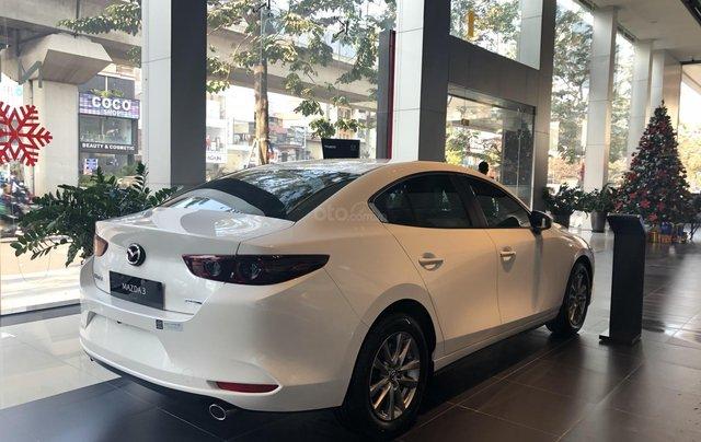 Bán Mazda 3 1.5L Deluxe 2020, chỉ 170tr nhận xe chạy ngay, khuyến mại cực sốc, LH ngay 0979289229 để ép giá tốt hơn12