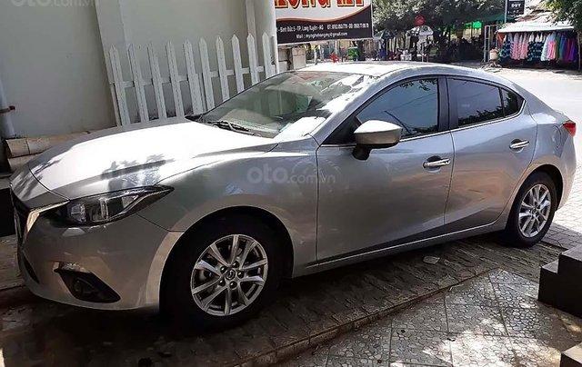 Bán Mazda 3 1.5AT sản xuất năm 2016, màu bạc0