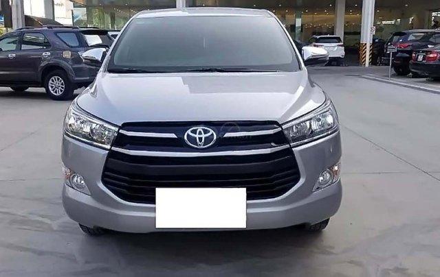 Bán xe Toyota Innova 2.0G năm sản xuất 2018, màu bạc, giá tốt0
