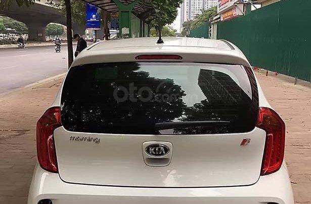 Bán xe cũ Kia Morning S AT sản xuất năm 2018, màu trắng, 393tr4