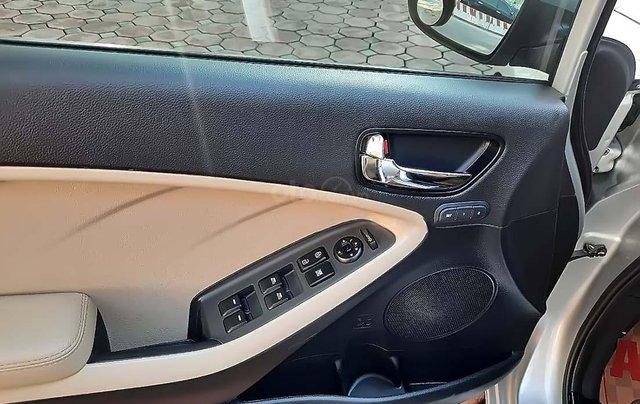 Cần bán gấp Kia Cerato 2.0 đời 2018, màu bạc4