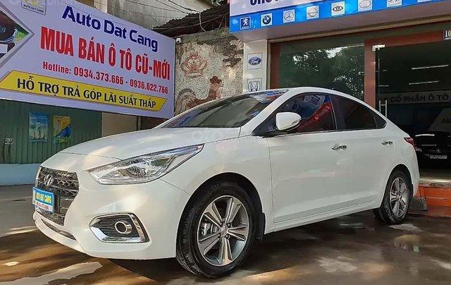 Bán Hyundai Accent 1.4 ATH năm sản xuất 2018, màu trắng, giá cạnh tranh0
