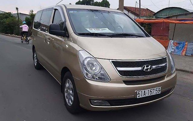 Bán xe Hyundai Grand Starex 2.5MT năm 2010, màu vàng, nhập khẩu0