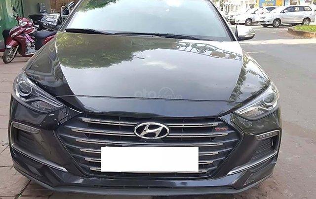 Bán Hyundai Elantra đời 2018, màu đen, số tự động0