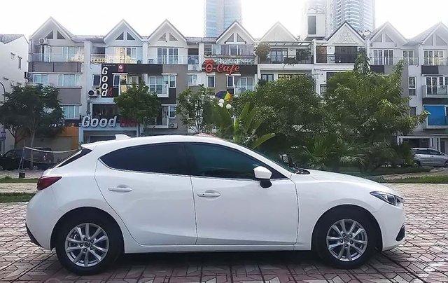 Bán Mazda 3 1.5 AT đời 2017, màu trắng còn mới, 615 triệu1