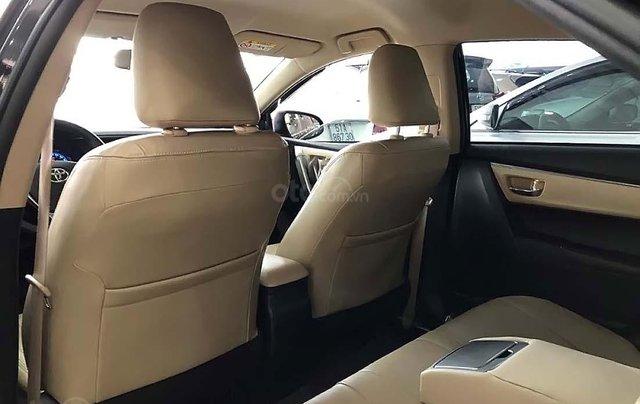 Bán ô tô Toyota Corolla Altis 1.8G AT năm 2017, màu đen như mới3