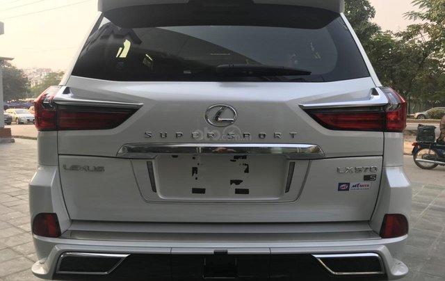 Bán xe Lexus LX 570S Super Sport 2019 siêu lướt, màu trắng, giao toàn quốc, giá tốt, LH 094.539.2468 Ms. Hương2