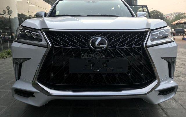 Bán xe Lexus LX 570S Super Sport 2019 siêu lướt, màu trắng, giao toàn quốc, giá tốt, LH 094.539.2468 Ms. Hương0