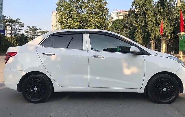 Cần bán Hyundai Grand i10 1.2 MT đời 2017, màu trắng, nhập khẩu 0