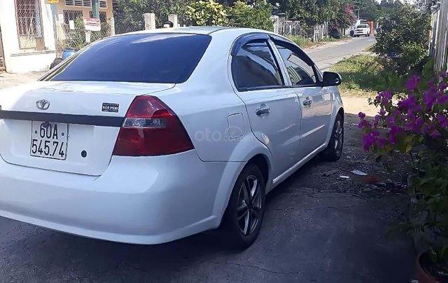Bán Daewoo Gentra 2010, màu trắng, giá tốt1