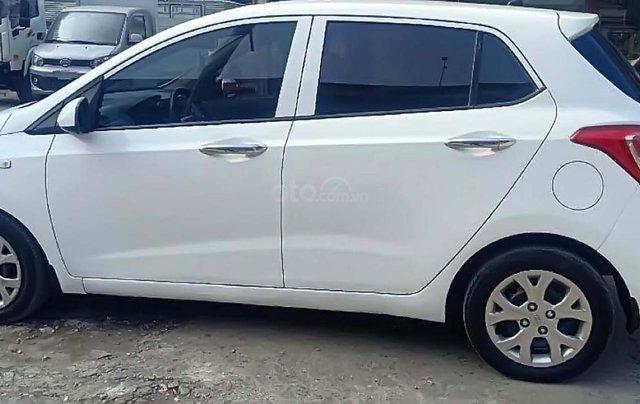 Cần bán Hyundai Grand i10 sản xuất 2014, màu trắng, nhập khẩu nguyên chiếc chính hãng0