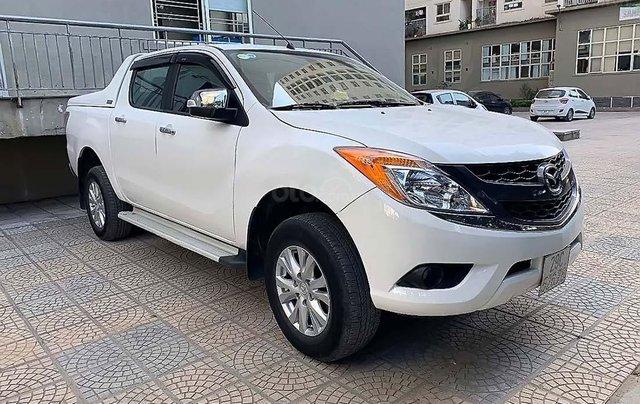 Cần bán Mazda BT 50 sản xuất năm 2015, màu trắng, nhập khẩu0