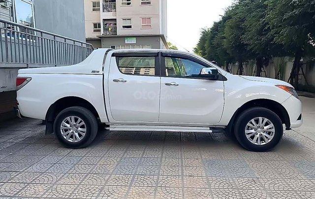 Cần bán Mazda BT 50 sản xuất năm 2015, màu trắng, nhập khẩu1