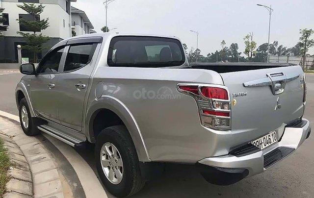 Bán Mitsubishi Triton MT đời 2017, màu bạc, nhập khẩu nguyên chiếc như mới, 435tr1