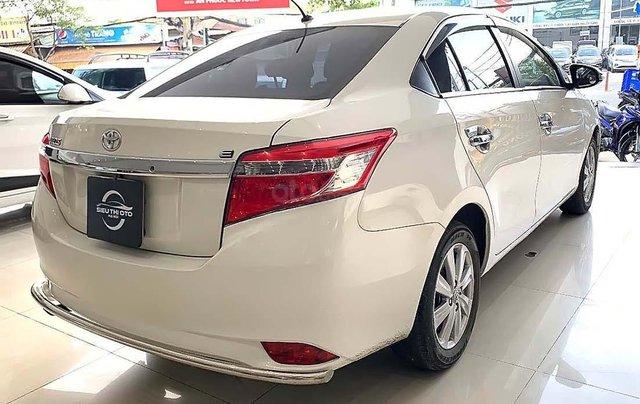 Cần bán Toyota Vios năm sản xuất 2017, màu trắng, giá 410tr xe còn mới lắm1