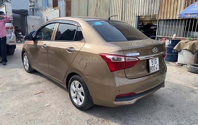 Bán ô tô Hyundai Grand i10 đời 2018, màu nâu xe còn mới nguyên1
